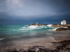 marée haute à la pointe de Trévignon (Toilapol) Tags: finistere bzh poselongue bretagne port rivage phare trégunc france fr