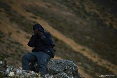 A passion (Hidalgo Paul) Tags: paisaje roca hierba fotografía gente naturaleza nikon