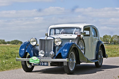 MG VA Saloon 1938 (2830) (Le Photiste) Tags: clay mgcarcompanylimitedcowleyuk 1938 mgvasaloon cm britishluxuryautomobile twotonecar simplywhite rondjegaasterlandthenetherlands fryslânthenetherlands thenetherlands am9581 sidecode1 oddvehicle oddtransport rarevehicle afeastformyeyes aphotographersview autofocus artisticimpressions alltypesoftransport anticando blinkagain beautifulcapture bestpeople'schoice bloodsweatandgear gearheads creativeimpuls cazadoresdeimágenes carscarscars canonflickraward digifotopro damncoolphotographers digitalcreations django'smaster friendsforever finegold fandevoitures fairplay greatphotographers groupecharlie peacetookovermyheart hairygitselite ineffable infinitexposure iqimagequality interesting inmyeyes lovelyflickr livingwithmultiplesclerosisms myfriendspictures mastersofcreativephotography niceasitgets photographers prophoto photographicworld planetearthtransport planetearthbackintheday photomix soe simplysuperb saariysqualitypictures slowride showcaseimages simplythebest thebestshot thepitstopshop themachines transportofallkinds theredgroup thelooklevel1red vividstriking wheelsanythingthatrolls yourbestoftoday wow