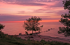 After the Sunset (craigsanders429) Tags: sunsetphotography sunsets sunset sunsetcolors ohio lakeerie lakeerieinohio vermilionohio cloudsandsky clouds trees water lakes greatlakes