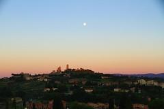 San Gimignano,Tuscany:the Last Light... (mirella cotella) Tags: tuscany italy landscapes nightscapes villages travel places moon