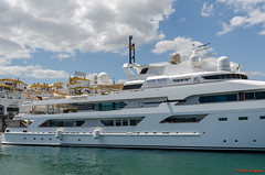 DSC_6852-30 (Piet Bink (aka)) Tags: espana spanje porto banus openlucht buiten outdoor money geld rich rijk boot boat super yacht jacht