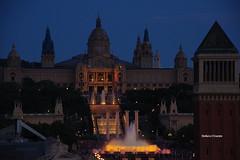 Museu nacional d'art de Catalunya (stefano.chiarato) Tags: museo monumenti palazzi building architettura sera crepuscolo luci lights barcelona espana pentax pentaxk70 pentaxlife pentaxart