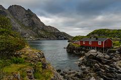 Rorbu, Nusfjord (Norway) (christian.rey) Tags: nordland norvège no flakstadoya lofoten island îles rorbu nusfjord paysage fjord landscape mountains montagnes sony alpha a7r2 a7rii 1635
