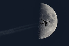 "Airplane passing the moon (Saad M.N.B.) Tags: halfmoon ""halfmoon"" moon airplanes canon5dmarkiii airplaneandmoon airplane airplanepassingthemoon airplanepassinginfrontofthemoon"