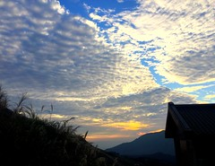 country roads take me home (Yoman H) Tags: taiwan asia yangming mountain geology landscape sunset evening hiking taipei cabin sky clouds