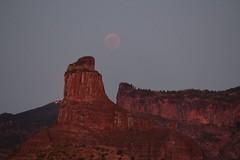Bentayga & Eclipsed Moon (rvr) Tags: