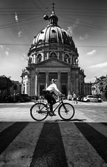 RELIGIÓN SALUDABLE (oskarRLS) Tags: bike copenhague monocromo monochrome blancoynegro religion health girl woman sport street