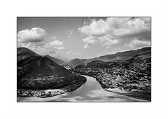 On the road - Georgia (Punkrocker*) Tags: leica m7 summicron asph 35mm 352 film kodak trix 400 nb bwfp yellow filter landscape road georgia georgie travel