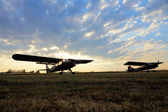 Henlow Auster Sunset (gooey_lewy) Tags: threshold aero shoot photo organised raf royal air force base henlow bedfordshire auster monoplane sunset cloud hottest day warm grass strip aircraft plane military aop 9 wz706 tw536