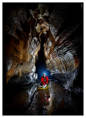 Cueva de Sale el agua (Sorginetxe (Iñigo Gómez de Segura)) Tags: cueva cave caving cavidad fotografíasubterranea espeleología espeleofotografía espeleofotografo gorbea saleelagua iñigogomezdesegura ilunpeart speleophotography subterránea kobazuloa kobazulo