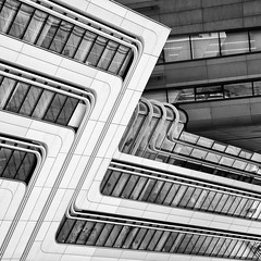 Zig Zag (Leipzig_trifft_Wien) Tags: wien österreich at wu uni university vienna geometry lines structure building architecture modern contemporaray hadid city urban black white blackandwhite bnw