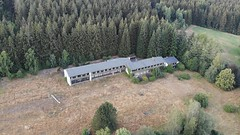 abandoned school country home (Der Foto_Graf) Tags: lost lostplaces mavic mavicair dji drohne drone foto fotografie footage rottenplaces abenteuer landl wonderful wald exploring erkunden erholung alt urban urbex urbextour ausflug sunny hobby sonne places photo photography ausruhen skyline derfotograf freizeit fly krass sky cloud verlassen verlasseneorte natur nature abandoned school country home schoolcountryhome aba