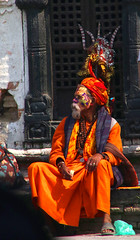 2018-03-24 (Giåm) Tags: kathmandu kathmandou katmandou katmandu pashupatinath pashupatinathtemple पशुपतिनाथमन्दिर kathmanduvalley nepal काठमाडौं नेपाल giåm guillaumebavière