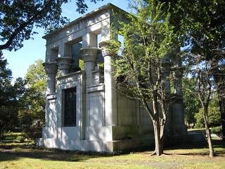 Bache Egyptian Style Mausoleum Back View Woodlawn NYC 0787