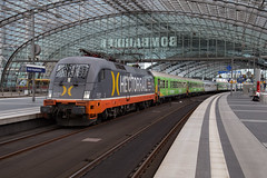 HectorRail 182 531 Berlin Hauptbahnhof (daveymills37886) Tags: hectorrail 182 531 berlin hauptbahnhof 242 baureihe siemens taurus es64u2