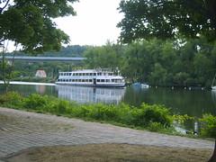 Barbarossa at Veitshoechheim (cessna152towser) Tags: riverboat main veitshoechheim
