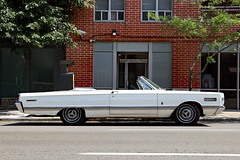 A white boat on wheels (Can Pac Swire) Tags: toronto ontario canada canadian city urban car auto automotive vintage classic mercury parklane convertible white colonel2 licence license plate number 2018aimg0301 260 richmond street east