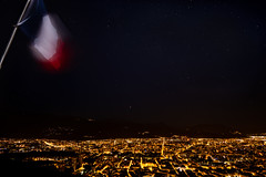 La Bastille, Grenoble. (Romain Didier) Tags: nuit night paysage france grenoble la bastille étoiles drapeau français lumière ville isère montagne mountain ciel sky orange landscape nikon d7500 nikkor summer été city street lightlumière blue bleu red rouge jaune yellow white blanc outside dehors colorful coloré color couleur vacation vacance art artistique region area star stars flag dark black sombre étrange stranger nature natural amazing photography photographie best meilleure view vue horizon