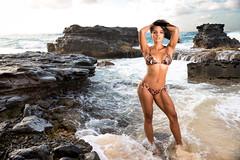 Natasha @ Sandy Beach July 2018 05 (JUNEAU BISCUITS) Tags: sunrise beauty glamour haku hawaii hawaiiphotographer model modeling femalemodel fitness nikon