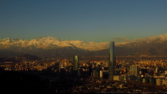 Santiago (lugar.citadino) Tags: world earth place city downtown suburban suburb buildings building skyline skyscraper park viewpoint landscape natural nature mountain hill snow rain sky rock cityscape urban urbanscape architecture architectural tower glass concrete moment day sunset afternoon explorer explore exploration cityexploration urbanexploration photography photo picture image zoom panorama view horizon small tiny cityphotography landscapephotography urbanphotography canon canonphotography amazing art artistic awesome beautiful colorful impressive incredible sensational stunning