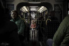 Girl on Tram. (Andrés Gallego) Tags: nikon d750 tamron 2470 2470mm street streetphoto calle norway noruega tram train girl lost perdido colours teddy teddybear
