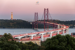 Freedom (Gi Cristóvão) Tags: portugal alvito bluehour bridge city cristorei kingchrist lisboa miradouro ponte25abril river sunset tagus tejo tourism travel viewpoint pt