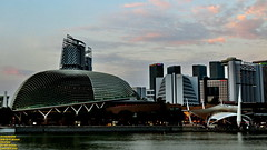 ..modern dusk.. (Ferry Octavian) Tags: canon eos 750d rebel t6i dslr landscape street shot travel trip noflash handheld explore color colour outdoor efs 1855 stm metro metropolis city cityscape modern building skyscraper tower architecture design structure exterior icon landmark dusk sunset sun sky skyline horizon beautiful cloud beauty singapore southeast asia sea capital marina marinabay water waterfront bay bayfront esplanade hotel mandarin meritus pan pacific theatre river