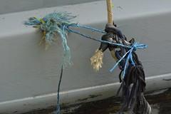 Bodge (Tony Tooth) Tags: nikon d7100 nikkor 105mm rope string knot bodge bodgejob narrowboat