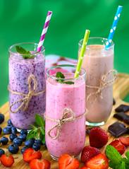 ... (Bartlomiej.Kuraci) Tags: food dessert strawberry blueberry chocolate drink nikon sigma 10528