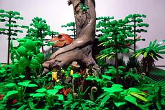 SAM_2582-2 (efde71) Tags: lego jungle jurassic dinosaure trex
