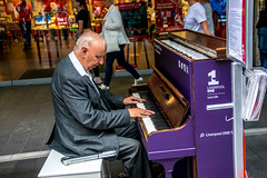 Tickle the Ivories (Tony Shertila) Tags: england gbr liverpool unitedkingdom geo:lat=5340454318 geo:lon=298894644 geotagged â©2018tonysherratt 20180728143528liverpooll1precinctlr ©2018tonysherratt europe britain merseyside city music tickletheivories piano entertainment street road precinct l1