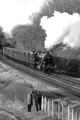 GCR 71400bw (kgvuk) Tags: gcr greatcentralrailway swithland swithlandreservoir railway train steamtrain locomotive steamlocomotive steamengine 48624 8f 280 kinchleylane