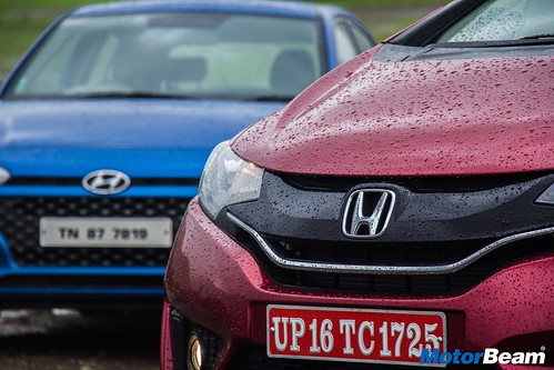Honda-Jazz-vs-Hyundai-Elite-i20-17