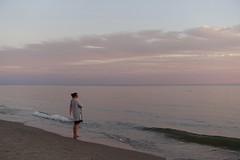 Ponderings (=Mirjam=) Tags: sonyrx100iii bergenaanzee strand zonsondergang noorzee eveninglight overdenkingen aandewaterkant zee zon water zand juli 2018