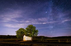 lonely chapel, trees and stars (juhwie.foto - PROJECT: LEIDENSCHAFT-LICH-T) Tags: sterne stars chapel church trees milkyway night nightshoot nightscape landscape pentax k1 ricohimaging franken franconia bavaria germany sky summer ngc pentaxart