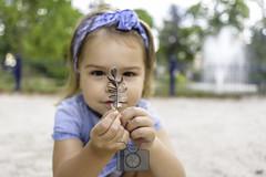 Lily-Plume (fred bmx mairet) Tags: plume lilyrose lily rose childness child enfance enfantin parc