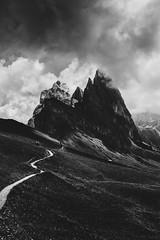 paura di niente (Talha Najeeb) Tags: dolomiti fog sudtirol alps funes dolomite alpine alto landscape tyrol italy italia adige gardena val clouds