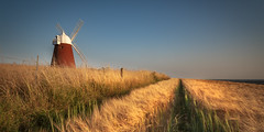 Halnaker (Duncan Lawler) Tags: windmill field westsussex halnaker halnakerwindmill portsmouthareaphotowalkers crop sails panoramic