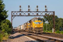 Westbound at NQ (Nolan Majcher) Tags: up union pacific emd sd70ace 8339 nelson il illinois nq geneva sub subdivision cnw chicago northwestern searchlight searchlights signal signals bridge