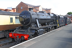 48773 Class 8F (Roger Wasley) Tags: 48773 class 8f svr kidderminster severnvalleyrailway team train locomotive