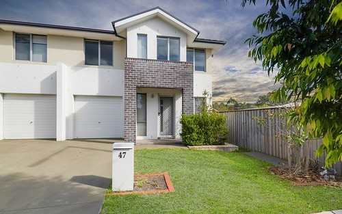 47 Sovereign Circuit *, Glenfield NSW