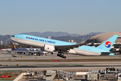 HL8252 (320-ROC) Tags: koreanair korean koreanaircargo hl8252 boeing777 boeing777200 boeing777200lr boeing777fb5 boeing 777 777200 777200lr 777fb5 b77l klax lax imperialhill losangelesinternationalairport losangelesairport losangeles