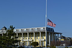 U.S. flag at half-staff  in memory of Barbara Bush (kmpicks) Tags: flag 365the2018edition 3652018 day110365 20apr18