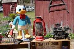 Big Donald Duck, Small Stove (en tee gee) Tags: disney donaldduck stove lantern saw old