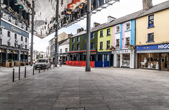 THE NEW APPLE MARKET IN WATERFORD [BETWEEN MICHAEL STREET AND JOHN STREET]-142556 (infomatique) Tags: applemarket publicspace meetingplace socialepicentre stainlesssteel glazededges reflectiveunderbelly waterford waterfordcity urbanspace july 2018 williammurphy infomatique fotonique streetsofireland sony a7riii