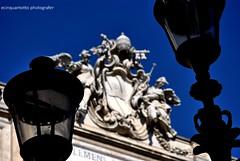 Bianco e Blu (Ecinquantotto ( + 1.500.000 views !!! GRAZIE) Tags: architettura architecture art arte colori colors marmo rome roma reflex italia italy lamps lampioni nikon nikond3000 ombre spqr