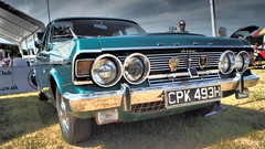1970 Ford Zodiac. (ManOfYorkshire) Tags: cpk793h 1970 ford zodiac car auto automobile motoring show doncaster classic 2018 green chrome headlights 2998cc petrol engine 3litre 30l