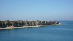 La pointe du HOC (jeanlouisallix) Tags: cap hoc calvados basse normandie france falaises nature mer bessin grève littoral panorama landscape paysage plage soleil ciel bleu pointe du