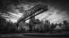 Landschaftspark 2018 (EBoss Fotografie) Tags: landschaftspark duisburg industrial crane blackwhite germany ruhrvalley canon clouds light factory plant smeltingplant dark sky